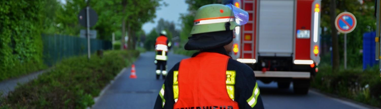 Feuerwehr Straßensperrung
