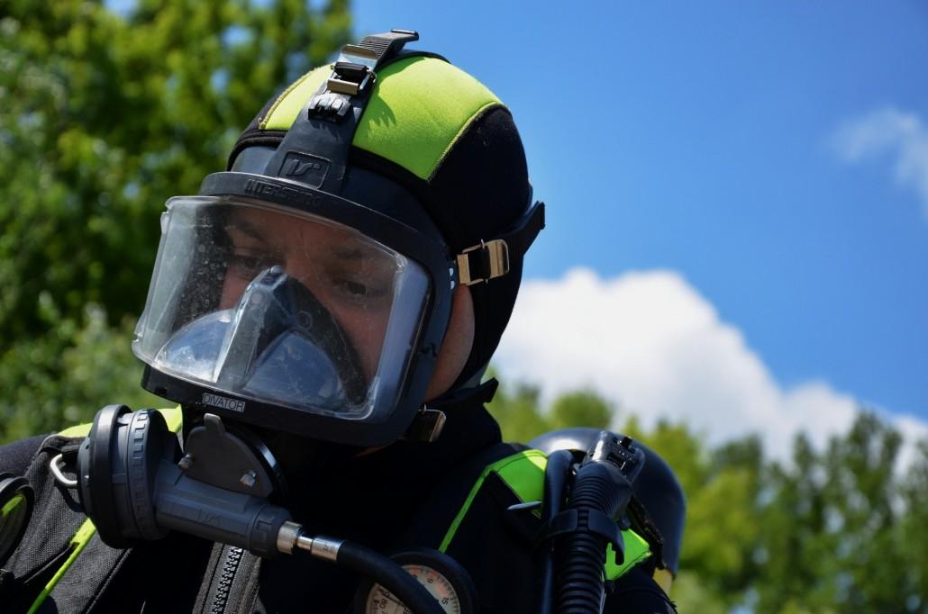 Rettungstaucher der Feuerwehr Hochheim